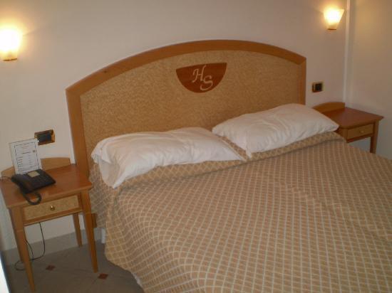 Hotel Savoia: cuarto