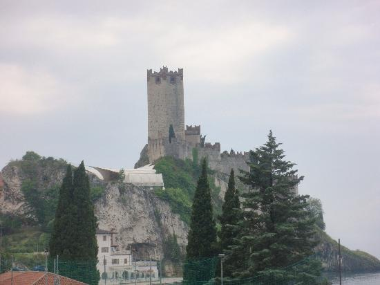 Malcesine, Italien: Castle in Castelleto