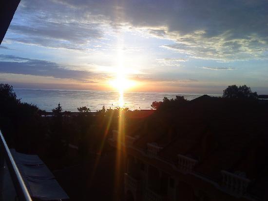 Catamaran Resort Hotel: Meerblick bei Sonnenaufgang