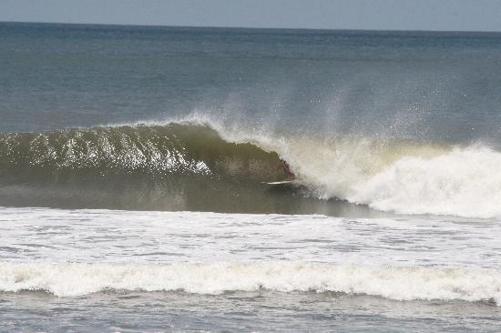 Surf Tours Nicaragua: shacked!