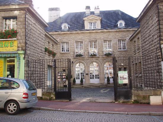 Neufchatel en Bray, فرنسا: Le Chardon Bleu