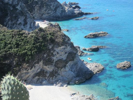 Hotel Villaggio Stromboli: Öffentliche Busse zum Capo Capitano sind selter, zurück mußten wir trampen