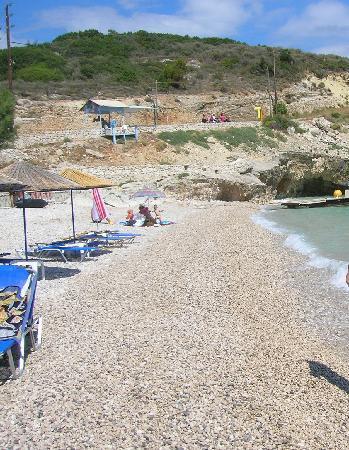 Spiaggia a Makris Gialos