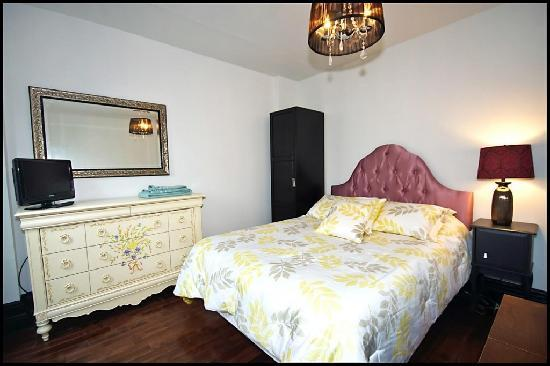 Downtown Home Inn : Tulip Room