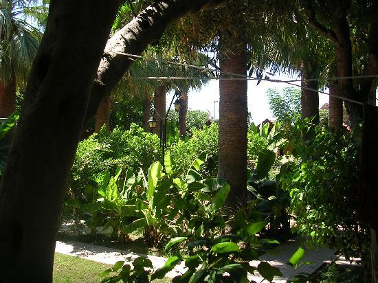 Can Garden Beach Hotel: Relaxing afternoons