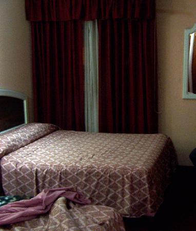 Manhattan Inn Airport Hotel: Room in Hotel Manhattan