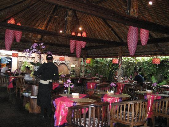 Ibu Rai Bar & Restaurant: Ibu Rai Warung