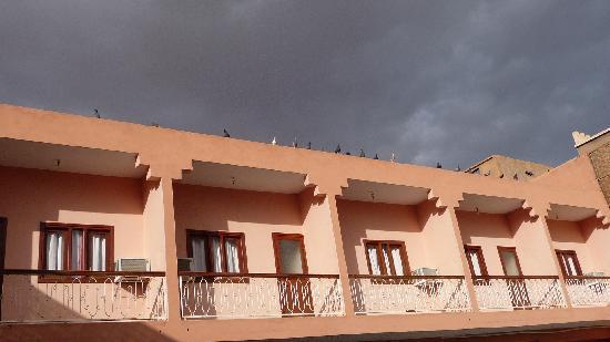 Hotel Draa: Vue de la piscine des chambres