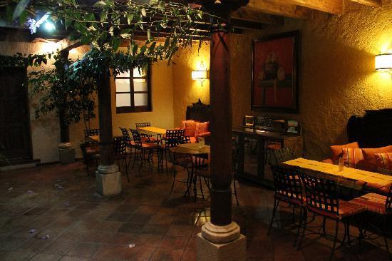 Hotel Lo De Bernal: Dining area 2