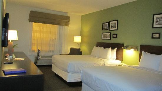 Sleep Inn & Suites: Bedroom