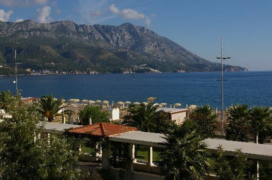 Hotel Splendid Conference & Spa Resort: View of beach