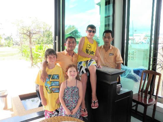 Palmyra Patong Resort: the boys , they were great