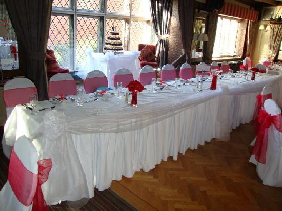 The Broadoak Hotel: TopTable with gorgeouswindow