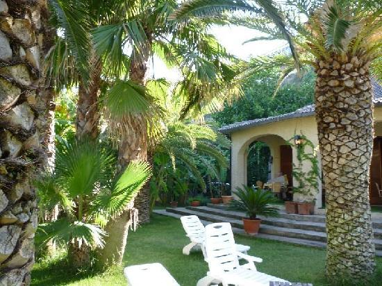 Villa Giada: Garten