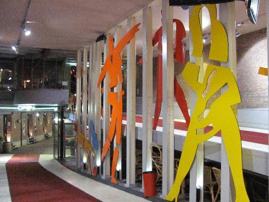 Rokkaa: entrada a los restaurantes