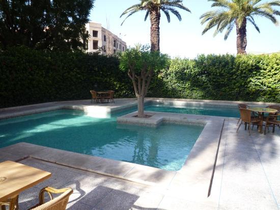Hotel Le Grand Imilchil : Hotel pool