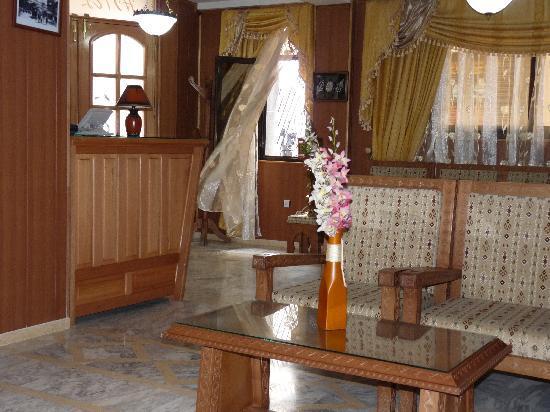 Le Raja Hotel: accueil