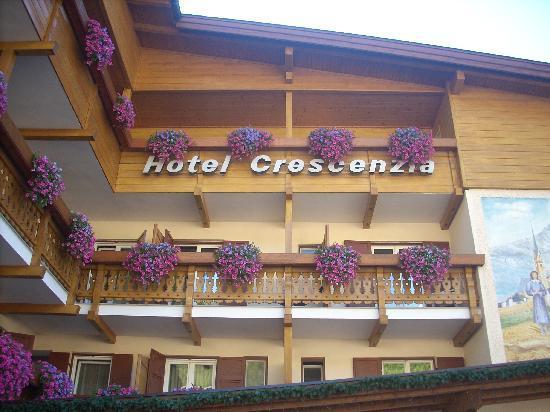 Hotel Crescenzia: Esterno albergo