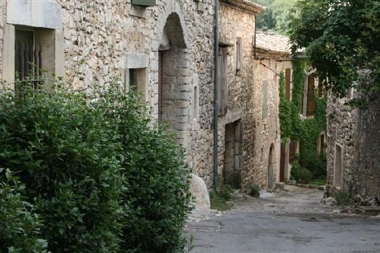 Liouc le village
