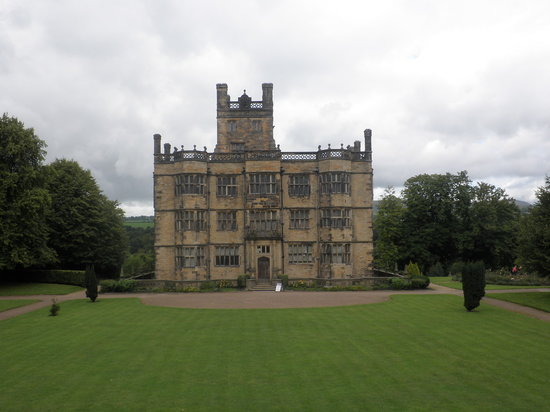 Padiham, UK: Gawthorp Hall and Garden