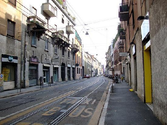 Hotel Roxy : The street the hotel is on