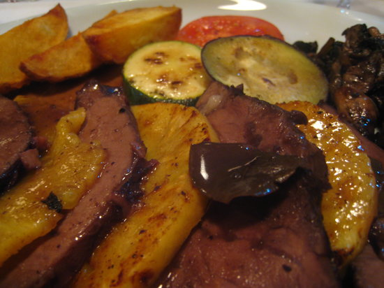 Restaurante Taberna do Chiado: traditional portuguese roast beef