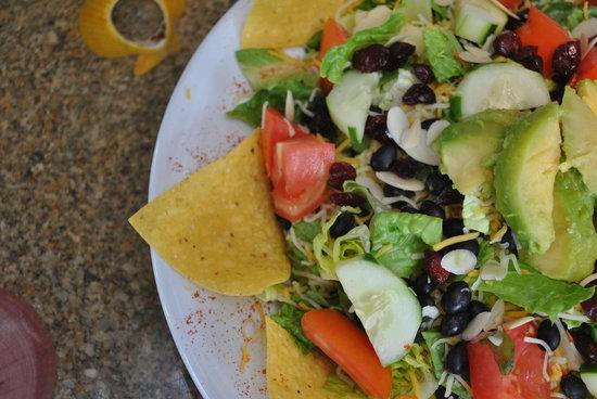 Kona Beach Cafe: Big Kahuna Salad