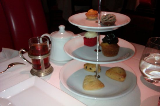 The Russian Tea Room: scones, cakes and petit fours
