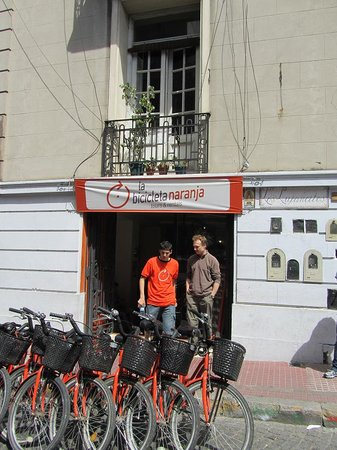 La Bicicleta Naranja Tours: shop