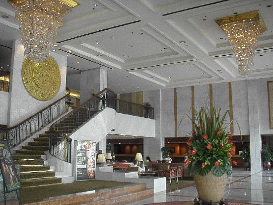 Hotel Jen Penang by Shangri-La: Lobby Traders Penang Oct 2010