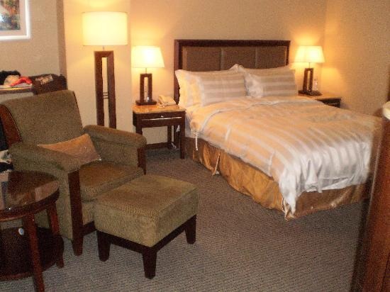 Royal Biz Taipei: Double bed room