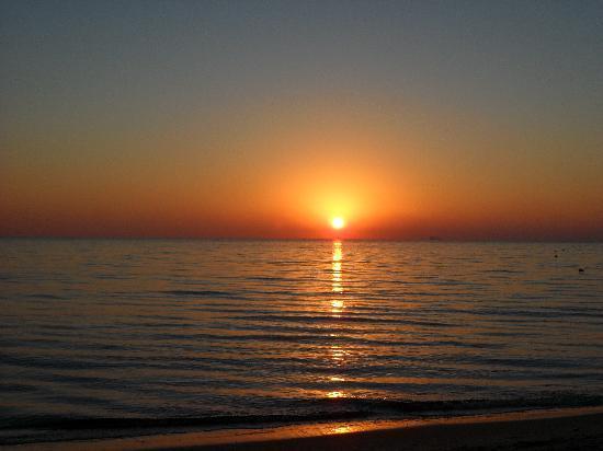 Thalassa Sousse Resort & Aquapark : Beautiful sunrise.