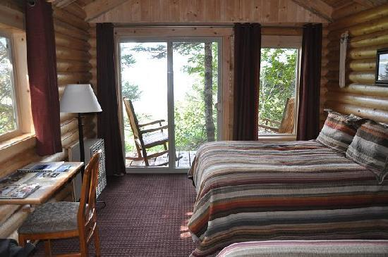 Kenai Fjords Glacier Lodge: in our cabin, number 8