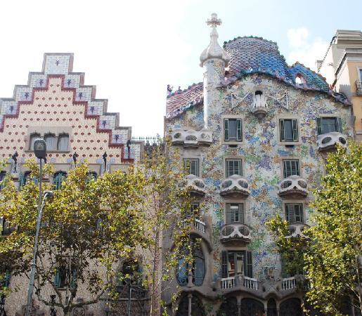 Hip Karma Hostel: Gaudi creation from broken tiles!