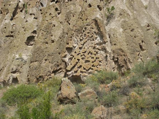 Santa Fe, New Mexiko: Cliff of the Bandelier Village