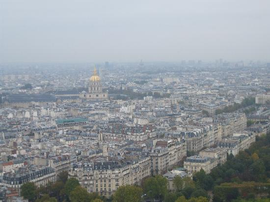 ‪باريس, فرنسا: view from the eiffel tower - les invalides‬