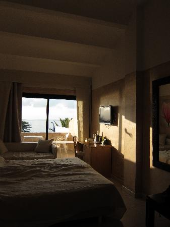 Hotel Club Bahamas Ibiza: the room