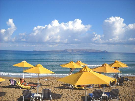 AKS Minoa Palace: spiaggia