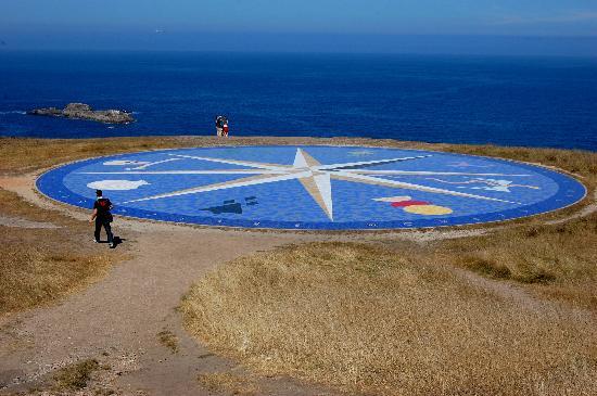 A Coruña, España: La Rosa dei Venti sotto la Torre di Ercole