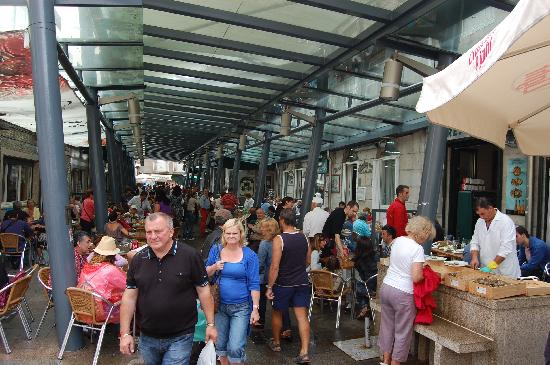 Vigo, Spain: Mercato delle ostriche