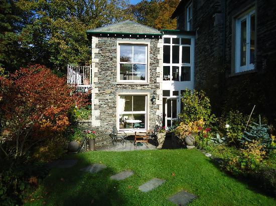Annesdale House: Applethwaite room from garden