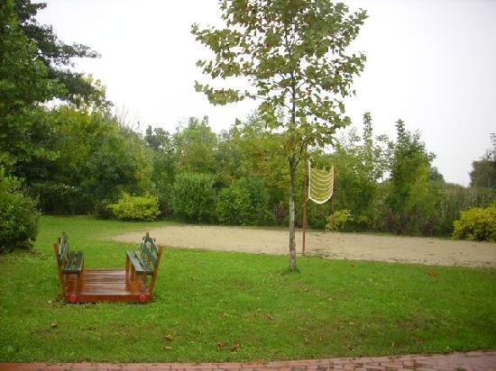 Hullam Villa : Garten