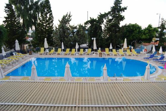 Anastasia Hotel: Main Pool