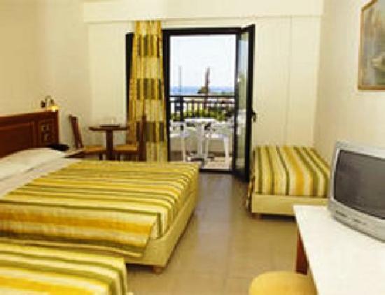 Anastasia Hotel: Room