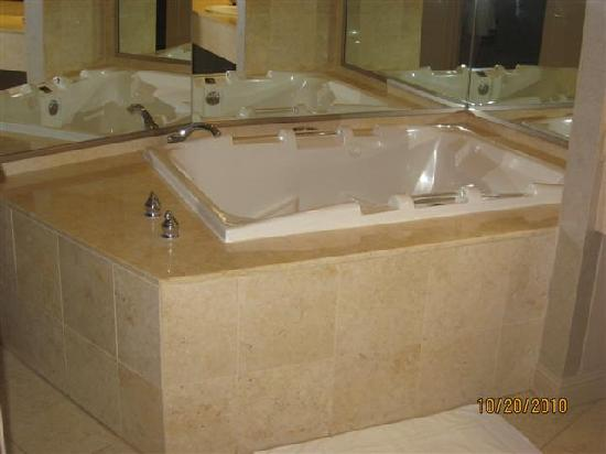 Jetted Tub In Petite Suite Picture Of Treasure Island