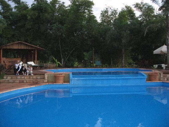 Foto de la aldea de la selva lodge puerto iguaz piscina for Piscina la selva