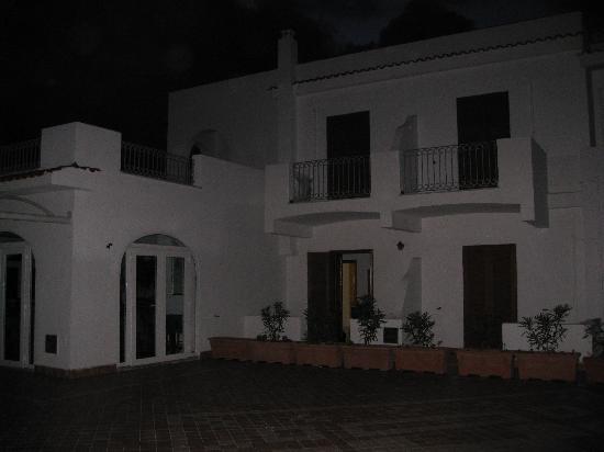 Calabattaglia: Our beautiful veranda