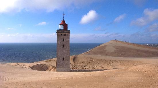 Lokken, Denmark: ...nicht mehr lange und auch die Turmreste sind verschwunden.