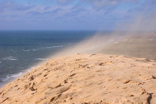 Rubjerg Knude: stetiger Wind treibt die Düne landeinwärts
