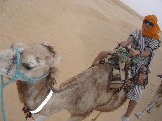 El Mouradi Palace: visit to Sahara